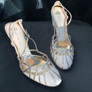 RARE🌟 wedding strappy heels